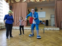 Fun with the clown Vova!