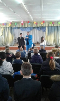 Clown Vova continues to give children joy!